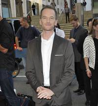 Did Producers Want Ellen DeGeneres To Host Oscars Over Neil Patrick Harris?!